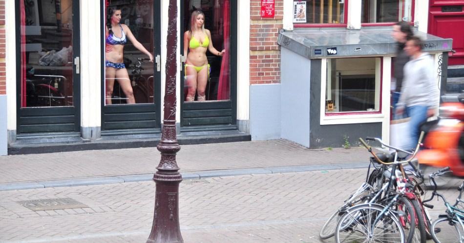 Берлине проститутку в где найти